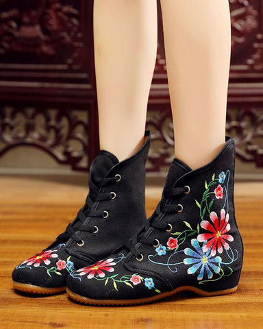 Floral Embroidery Lace-Up Sneakers