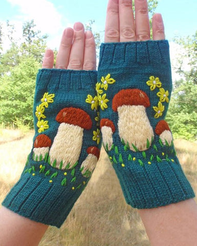 Mushroom Embroidery Open Figure Gloves