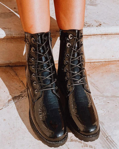 Solid Round-toe Lace-up Leather Boots