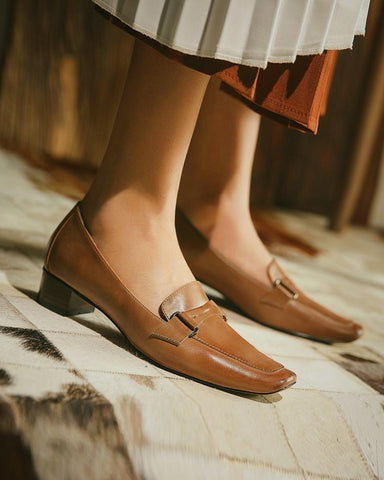 Solid Color Square-toe Mid Heel Loafers