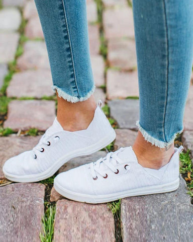 Solid Canvas Lace-up Flat Sneakers