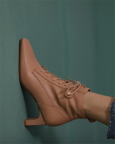 Solid Pointed Toe Lace-up Boots