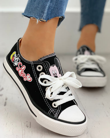 Cartoon Pattern Eyelet Lace-up Breathable Casual Sneakers