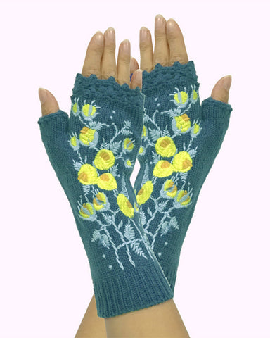 Floral Embroidery Open Figure Knitted Gloves