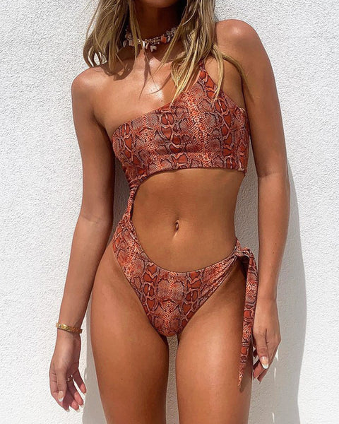 Solid Strappy One Shoulder Cut-out One-piece Swimwear