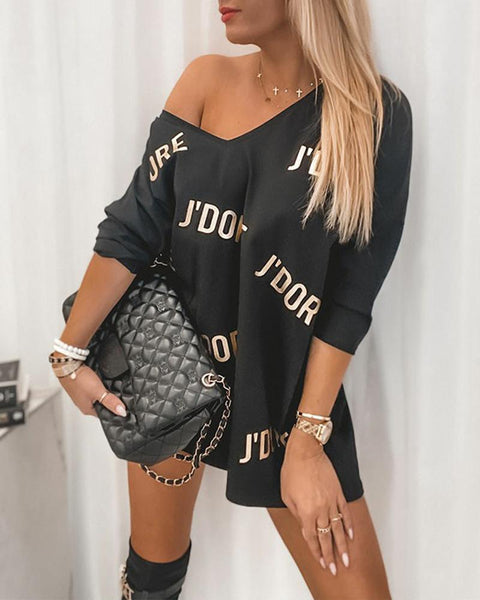 Letter Printing Cut-out Back Long Sleeve Casual Dress