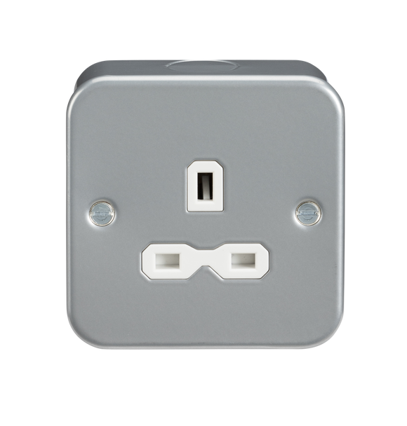 ML Accessories-MR7000U Metal clad 13A 1G Unswitched Socket
