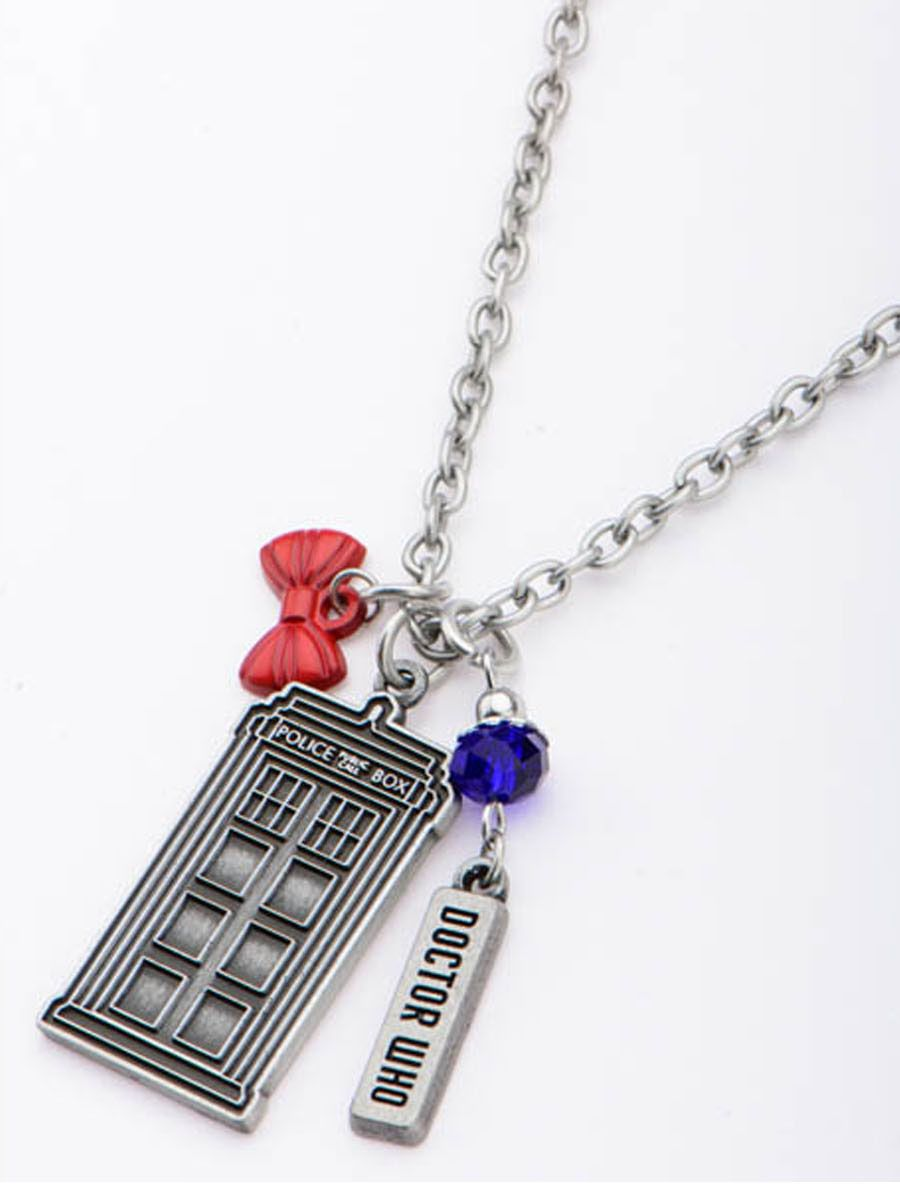 Doctor Who: TARDIS Pendant with Bow Tie