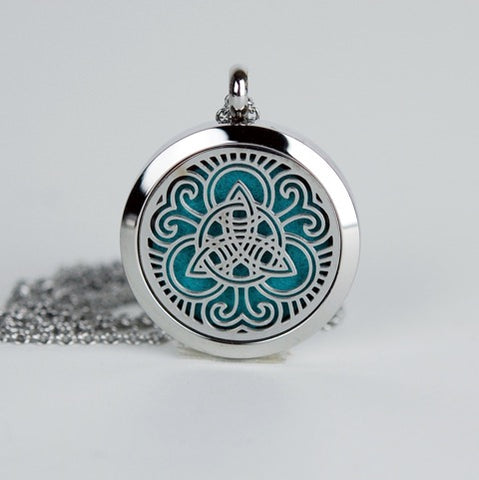 Aromatherapy Locket and Necklace: Celtic Trinity Knot