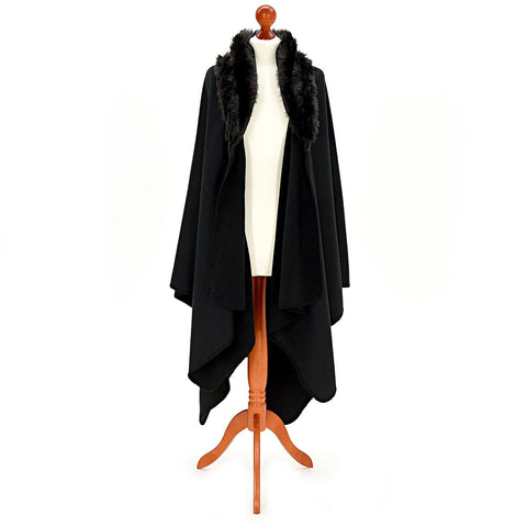 Welsh Fleece Ruana Cape: Black