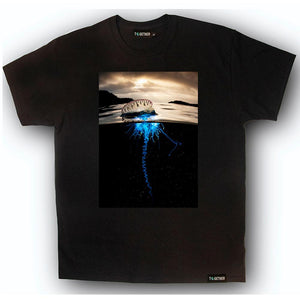 "BBC Earth: ""Beneath the Surface"" T-Shirt: Man O' War"