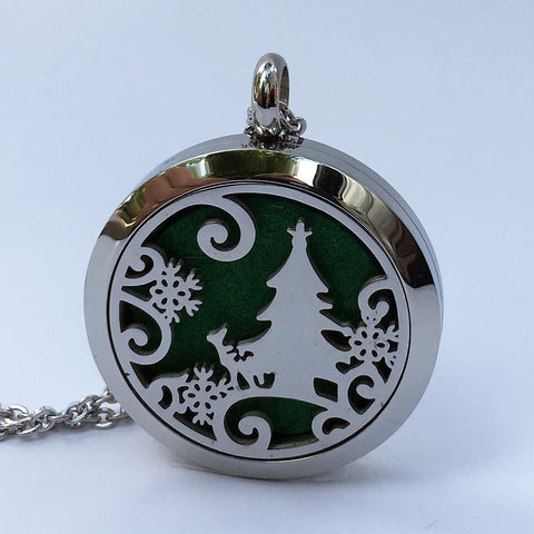 Aromatherapy Locket and Necklace: Christmas Tree