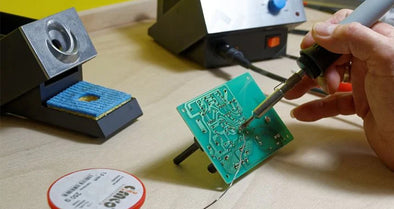 Steps of soldering parts with soldering iron