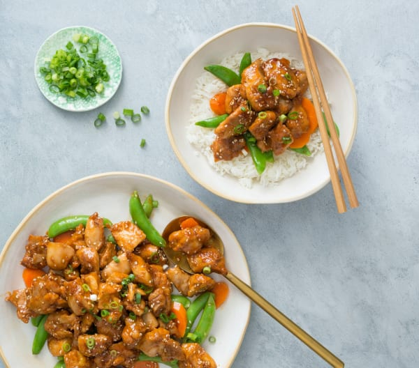 Sticky sesame chicken