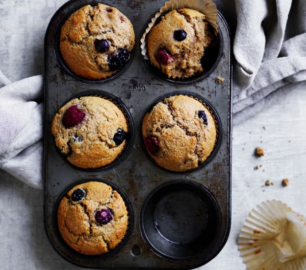 Basic berry muffins