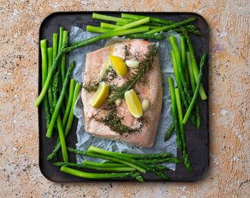 Simple steamed salmon