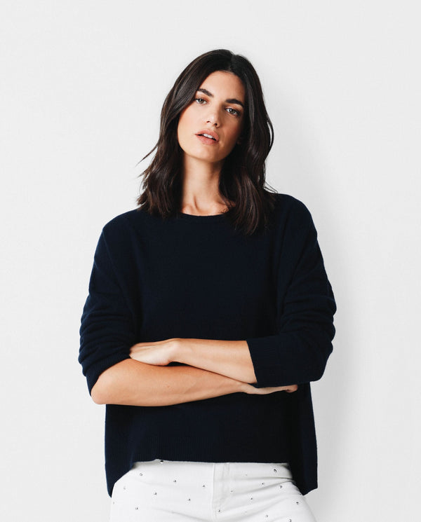 CASHMERE SWEATER WITH ROUND NECKLINE