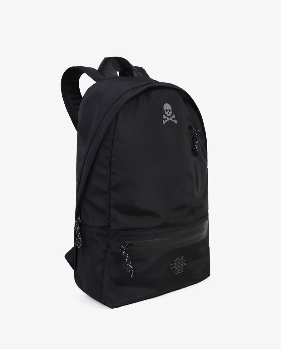 TECHNICAL BACKPACK WITH CONTRAST SKULL