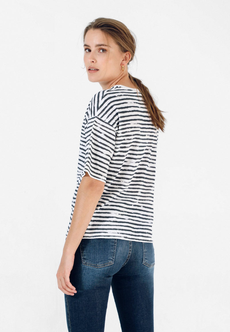OVERSIZE STRIPED T-SHIRT