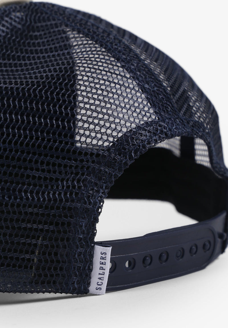 CAP WITH MESH AT THE BACK