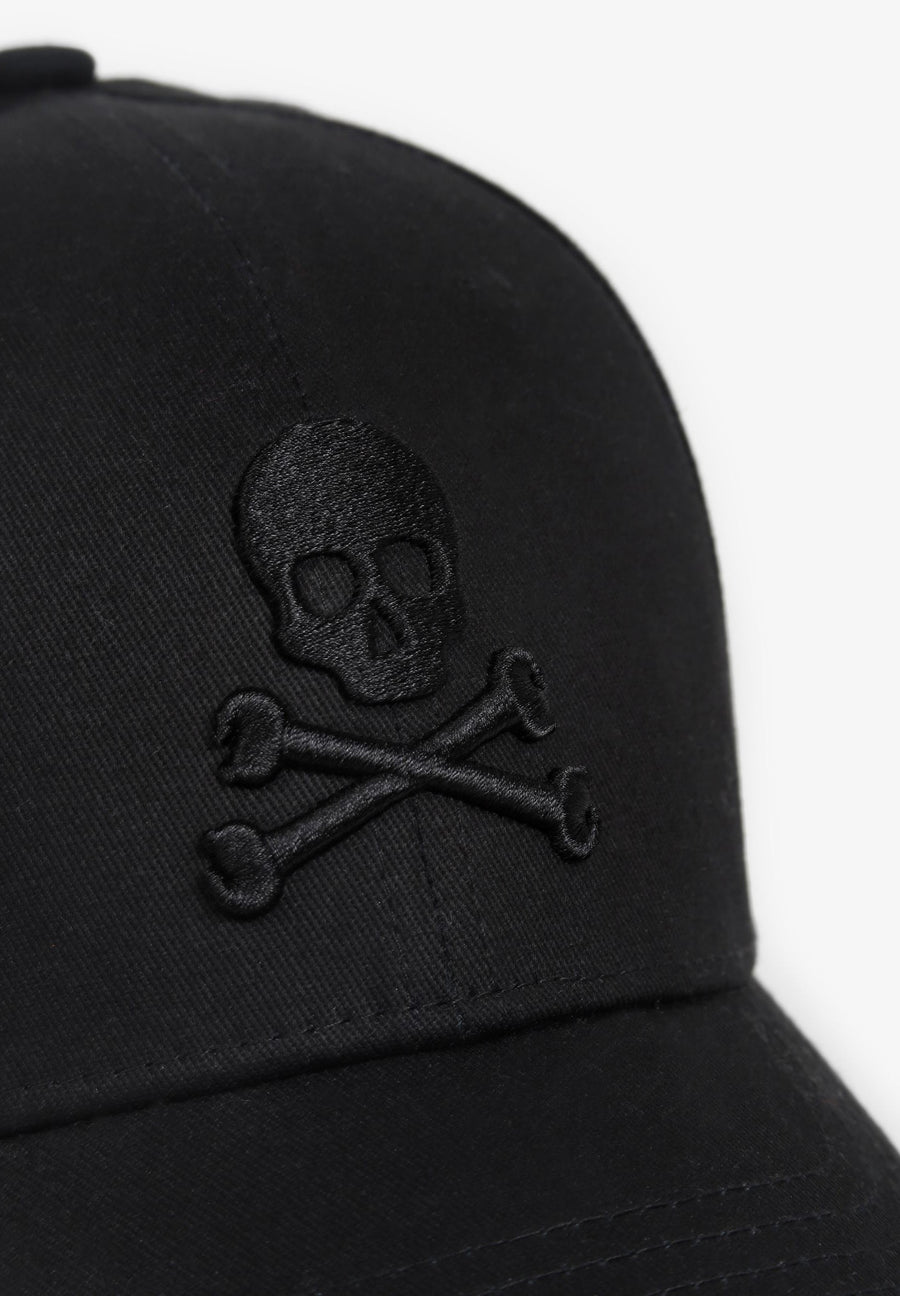 PLAIN CAP WITH SKULL