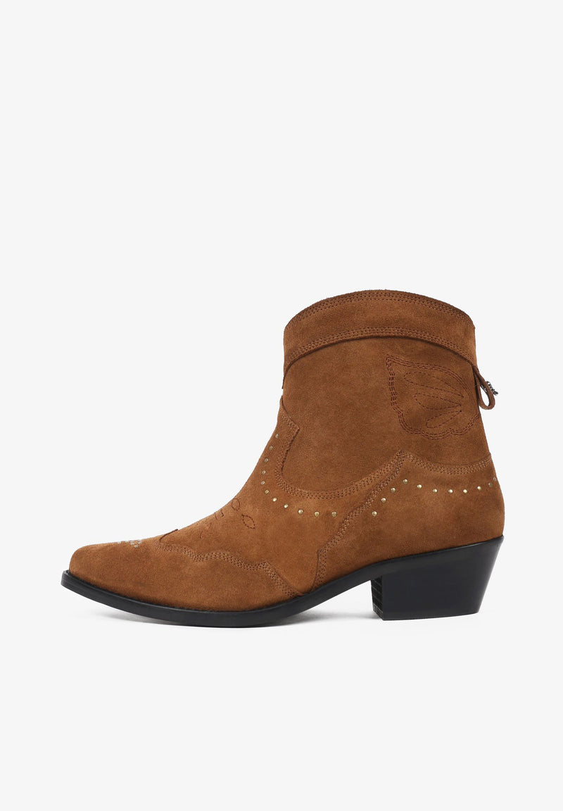 SPLIT SUEDE ANKLE BOOTS WITH STUDS