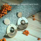Woman Retro Wood Earrings - Circles - wayne-whale