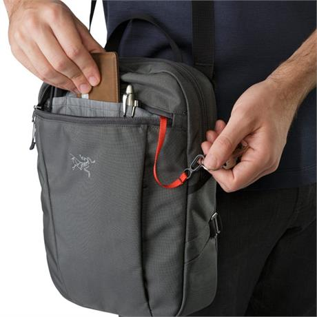 Arc'teryx Travel Bag Sling Blade 4 Pilot