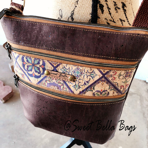 Crossbody Kamren in Chocolate And Tile Cork