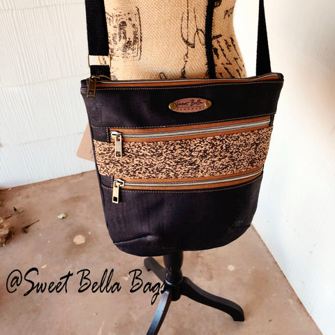 Crossbody Kamren in Black And Speckled Cork