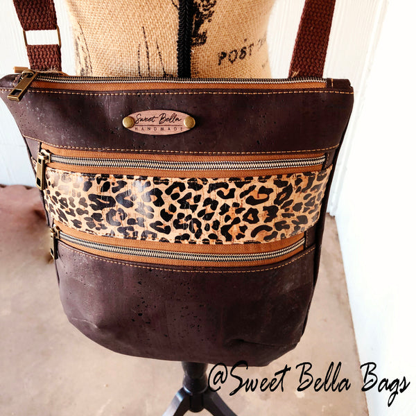 Crossbody Kamren in Chocolate and Cheetah Cork