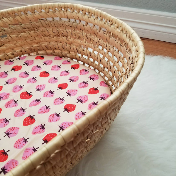Organic Cotton Strawberry Print Baby Girl's Basinet Sheet