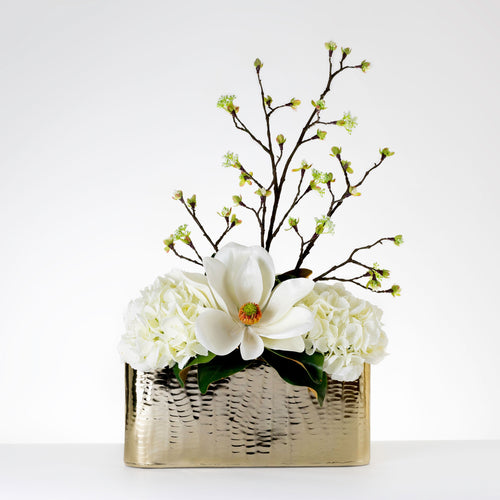 Royal Centerpiece-White   Item # 815