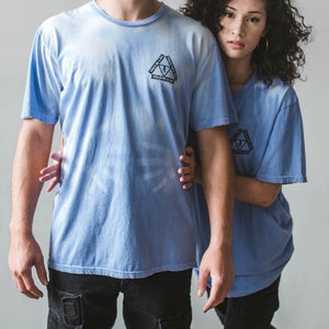 Unisex Color Changing Tie Dye T-Shirt (Blue Skies)