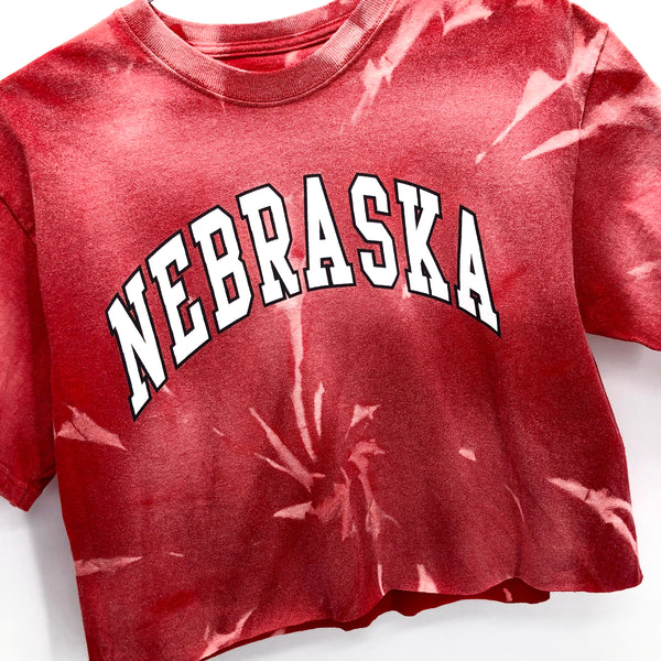 RECOLLECTION Nebraska Tie Dye Crop T-Shirt