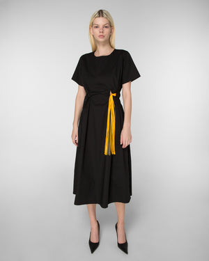 Short sleeve dress with ties on the waistline