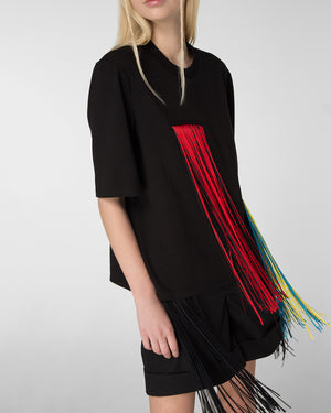 T-shirt decorated with fringe