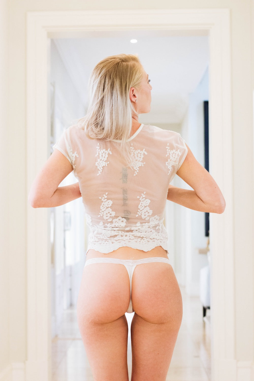 White Dentelle G-String