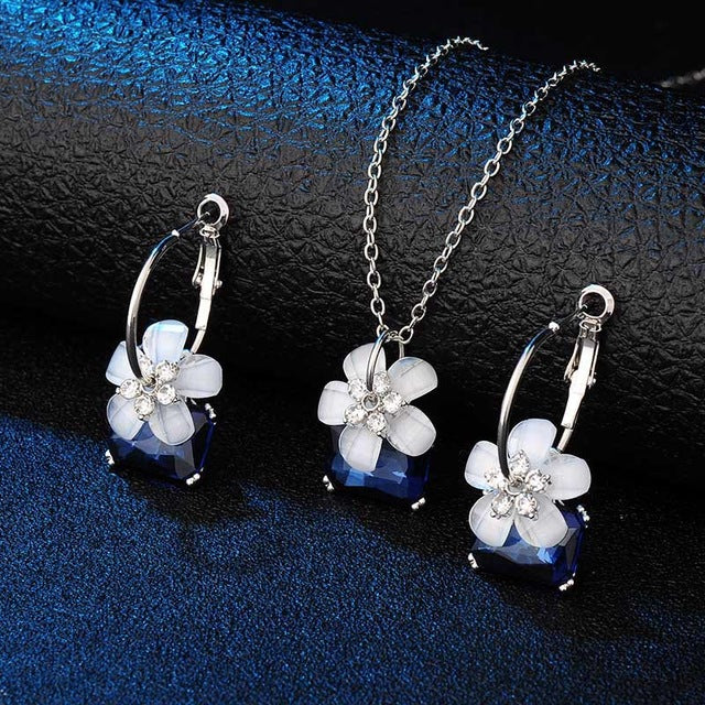 Romantic Bride Jewelry Sets | Blue Crystal With White Flower Necklace And Earrings