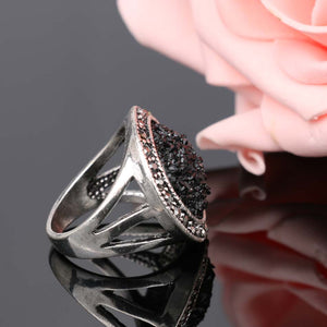 Black Broken Stone Women's Ring - Bohemia Silver Plated Ring Fashion Jewelry - Bring The Jewels