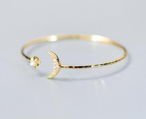 925 Sterling Silver CZ Bracelet - Beautiful Crescent Moon & Star Engraved Bracelet