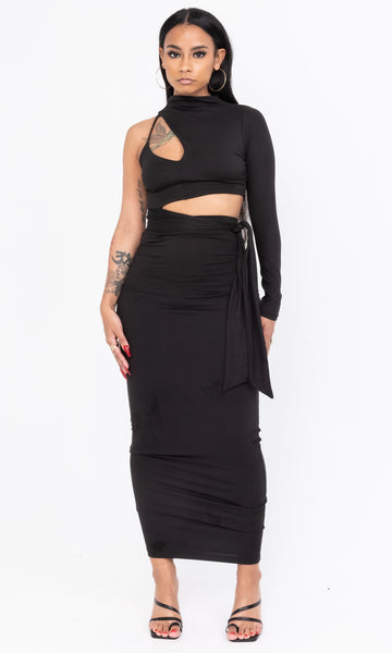 CUT OUT DRESS (BLACK)