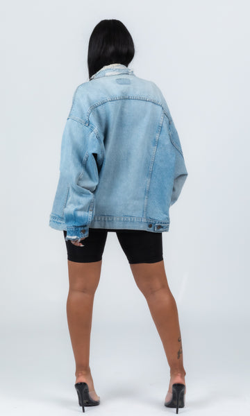 VINTAGE DISTRESSED DENIM LEVIS JACKET
