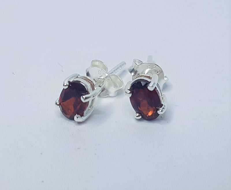 Oval 4x6mm Garnet Sterling Silver Studs