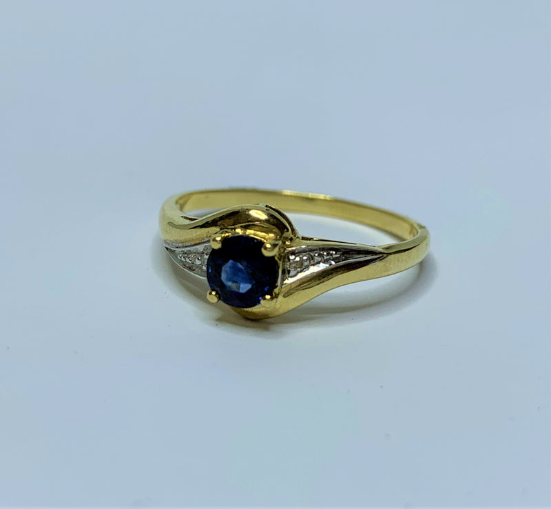 9ct Yellow Gold Round Sapphire and Diamond Swirl Ring