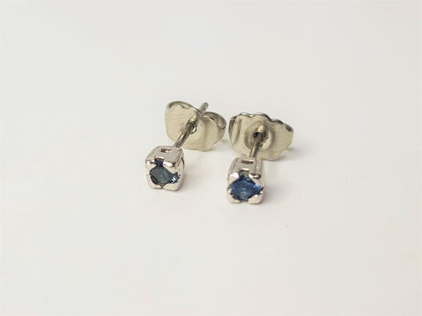 Round Sapphire Claw Sterling Silver Studs