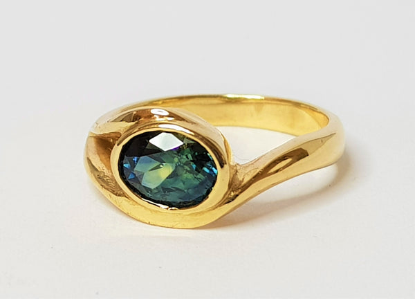 9ct Yellow Gold Inverell Oval Parti Sapphire Swirl Ring