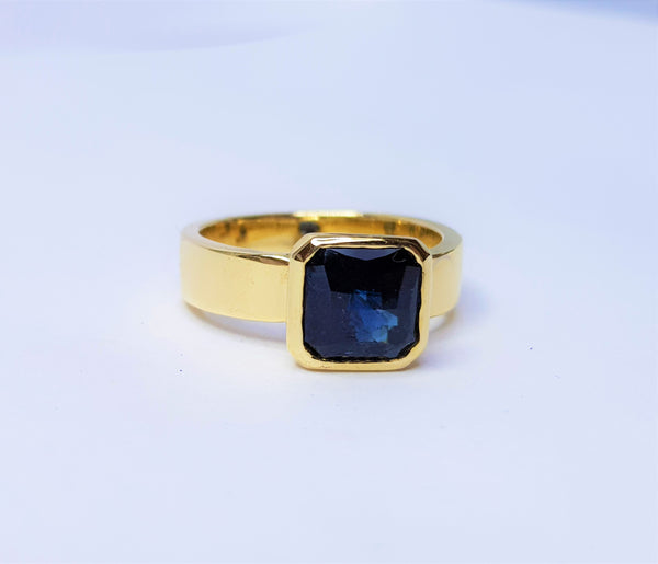 9ct Yellow Gold Square Checkerboard Sapphire Bezel Ring