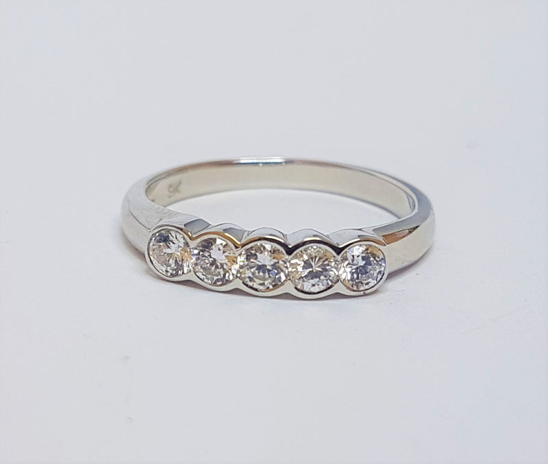 9ct Yellow Gold 5xCZ Bezel Ring