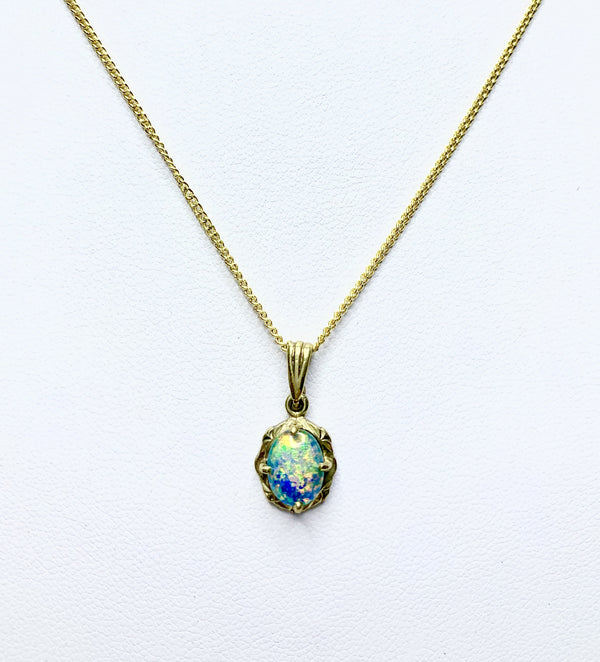 9ct Yellow Gold Opal Claw Set Pendant
